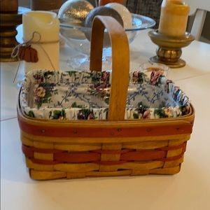 Longaberger basket with liners!